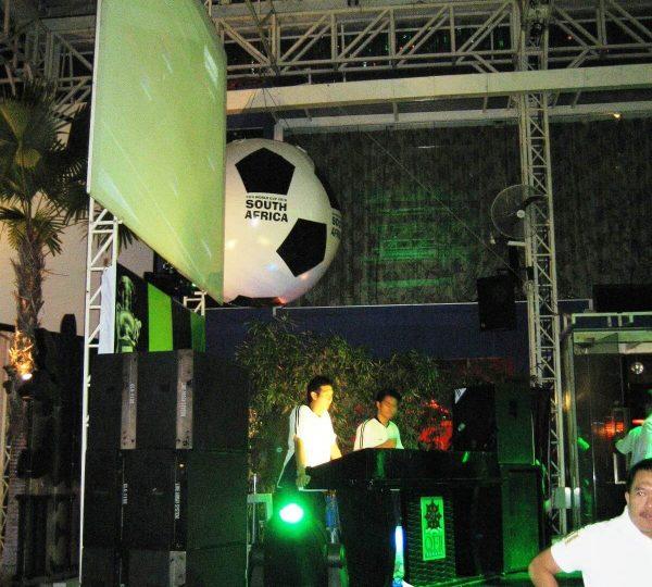 Maxis2010