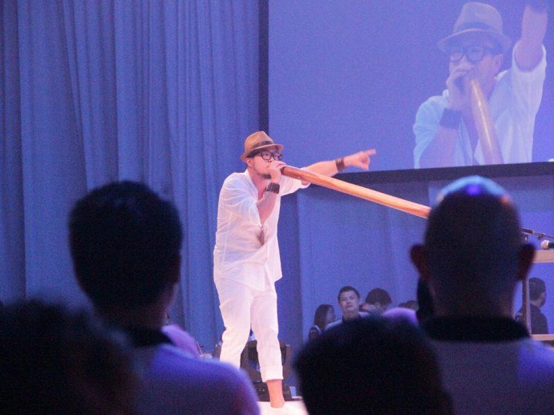 Didgeridoo-1