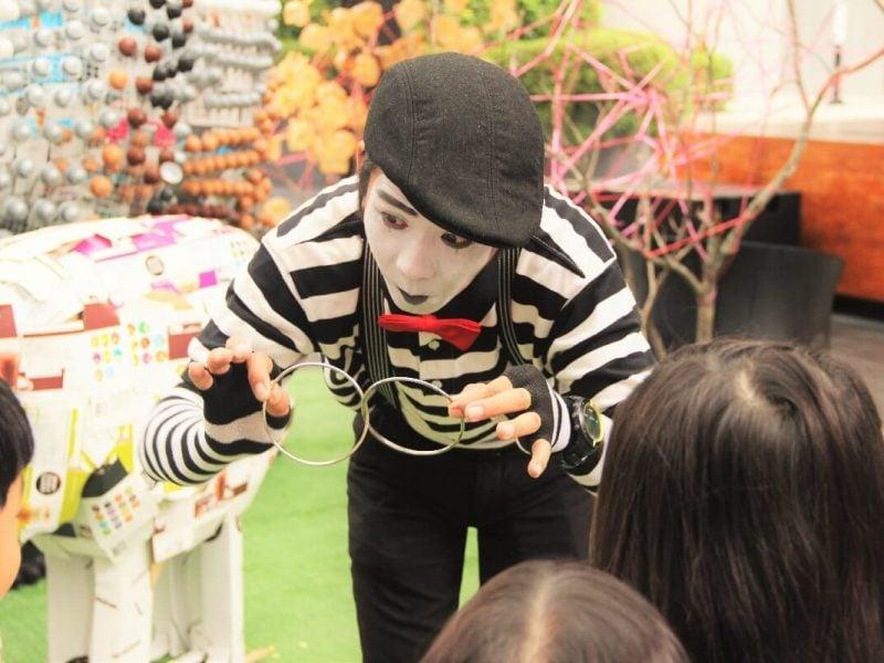 mime-artist-1