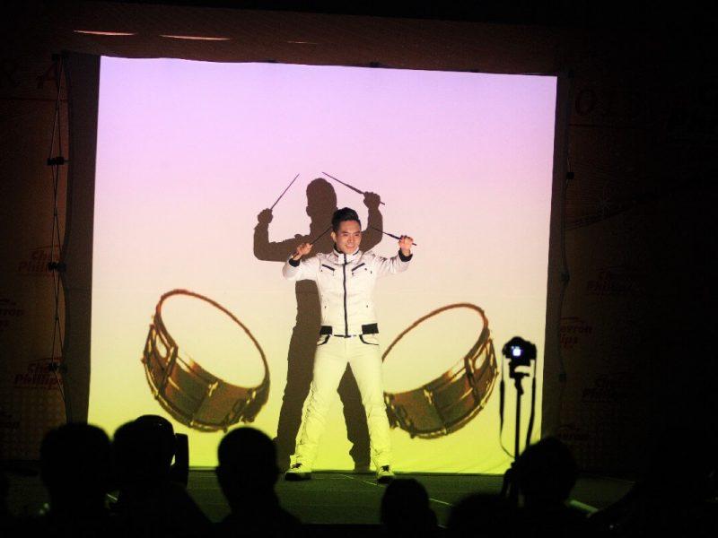Screen Shadow Dance-3