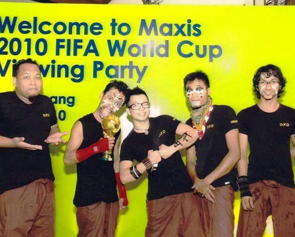 Maxis2010-003